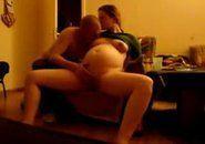 Casada gravida transando com marido